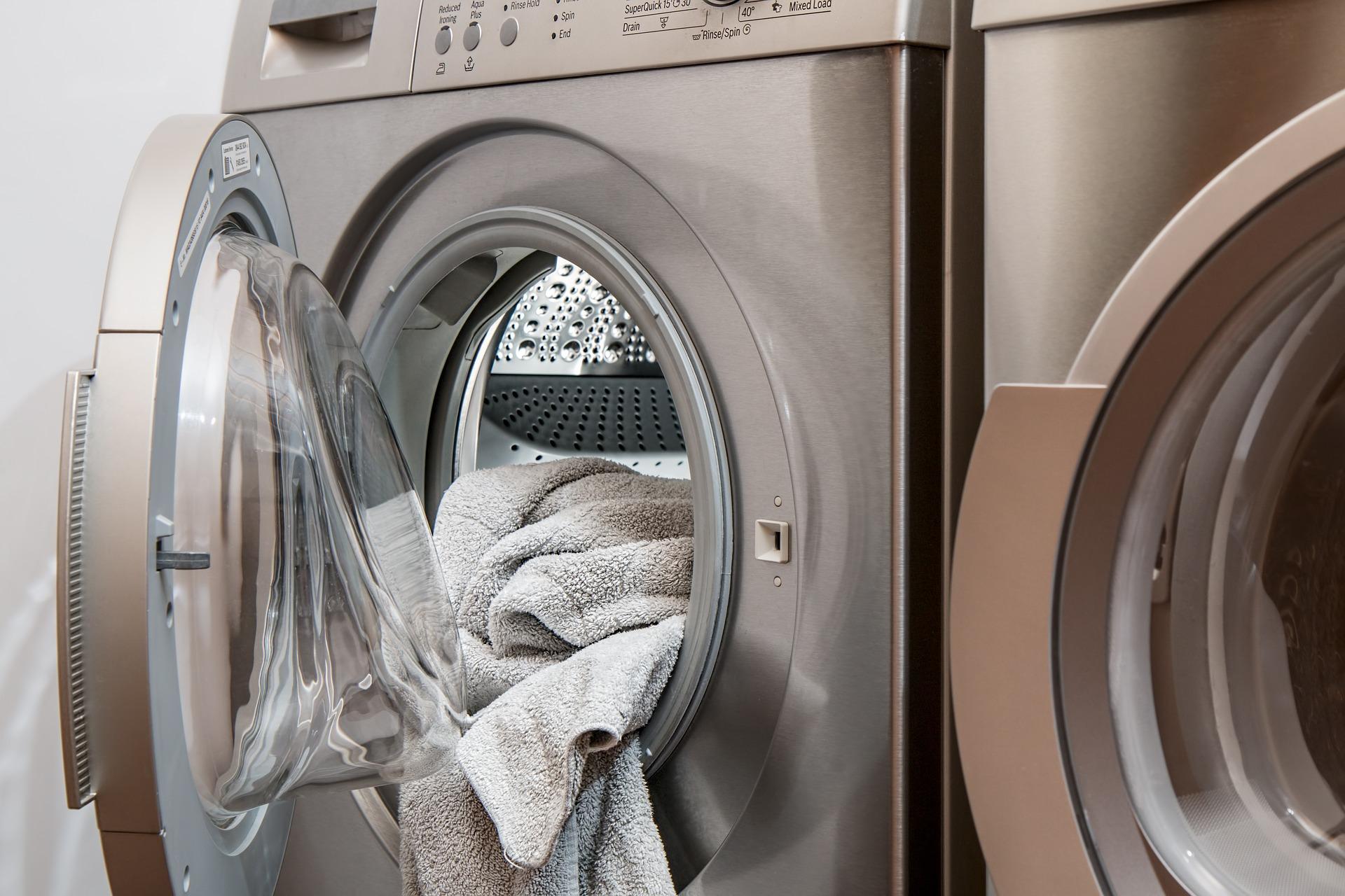 washing machine loaded but open